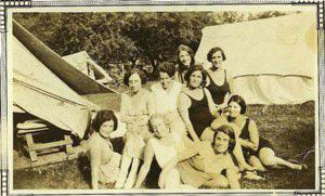 1927-women